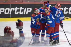 Rusi oslavujú víťazstvo nad Slovenskom.