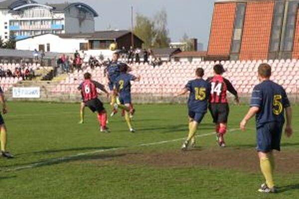 Púchov začína pohárovú súťaž doma.