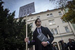 Protest proti Andrejovi Dankovi.