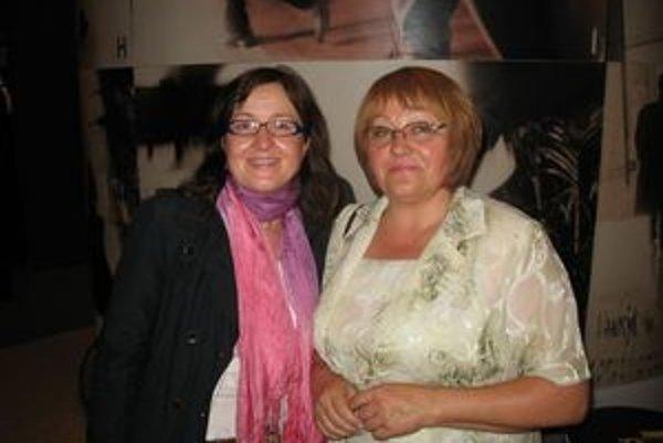 Úspešná podnikateľka (vpravo) so zástupkyňou Trenčianskeho samosprávneho kraja v Bruseli.