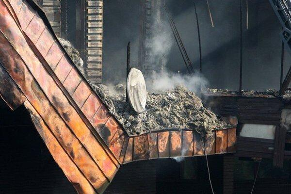 Pri požiari v Jasnej vyhasol jeden ľudský život. Vyšetruje ho aj polícia.