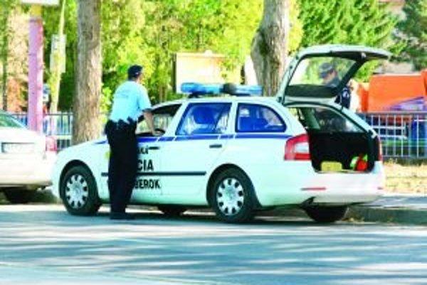 Mestskí policajti zaznamenali najviac priestupkov v doprave.
