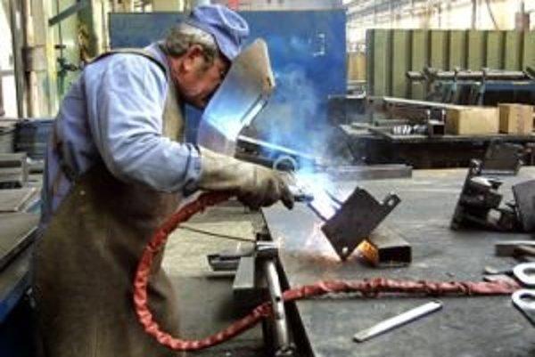 Každoročne sa v meste uvoľní 40 až 50 nových pracovných miest v odbore strojníctvo a kovoobrábačstvo.