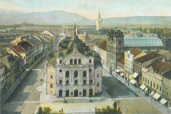 Budova Štátneho divadla v Košiciach v roku 1904.