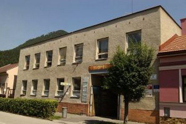 Budovu prebuduje mesto na nové sídlo mestskej polície.