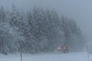 Na juhu Nemecka počasie komplikovalo dopravu.
