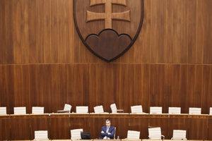 Predseda NR SR Andrej Danko počas rokovania 39. schôdze Národnej rady SR.