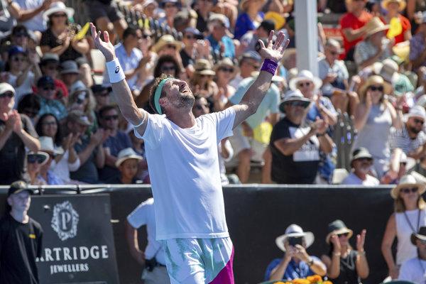 Tennys Sandgren po víťazstve v Aucklande.