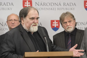 Poslanci Smeru Dušan Jarjabek a Miroslav Číž.