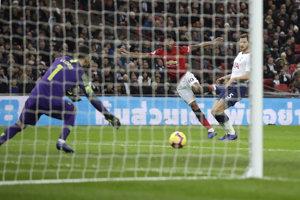 Marcus Rashford strieľa rozhodujúci gól.