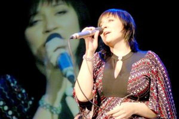 Hlavným hosťom nedeľňajšieho benefičného koncertu bola Katka Koščová.