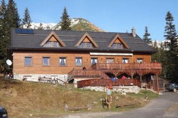 Zatvorenie doliny môže spôsobiť pokles tržieb na Žiarskej chate.
