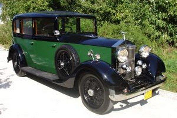V roku 1934 vyšiel z výroby takýto nádherný Rolls Royce, ktorý robí radosť nielen svojmu majiteľovi, ale aj divákom, ktorí si ho môžu poobzerať na Oldtimer Rallye Tatry.
