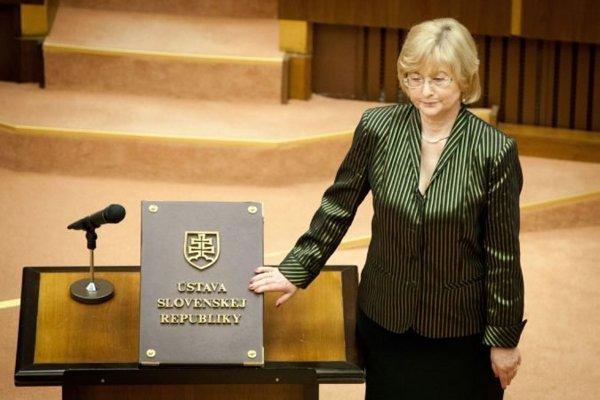 Ľubica Rošková ešte ako poslankyňa NR SR za vládnu stranu Smer.