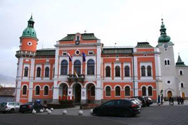 Ružomberská radnica v roku 2011 neočakáva dividendy, keďže zisk banky bude použitý na vykrytie straty z predchádzajúcich rokov.