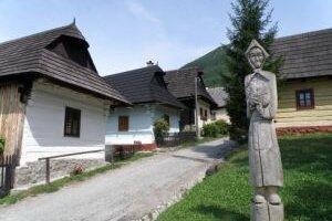 Cieľom podujatia Nedeľa vo Vlkolínci je spropagovať osadu ako originálnu pamiatku svetového významu.