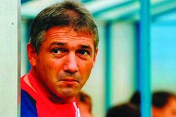 Pavol Strapáč sa rozhodol abdikovať z funkcie trénera MFK Tatran Liptovský  Mikuláš.