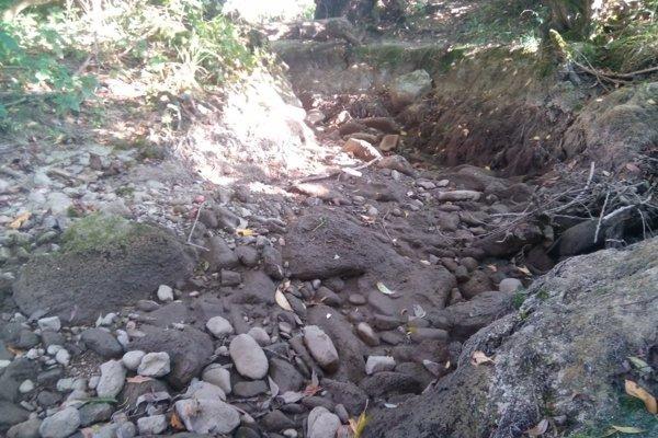 Potok Jordán bol vyschnutý až v dĺžke dva kilometre.