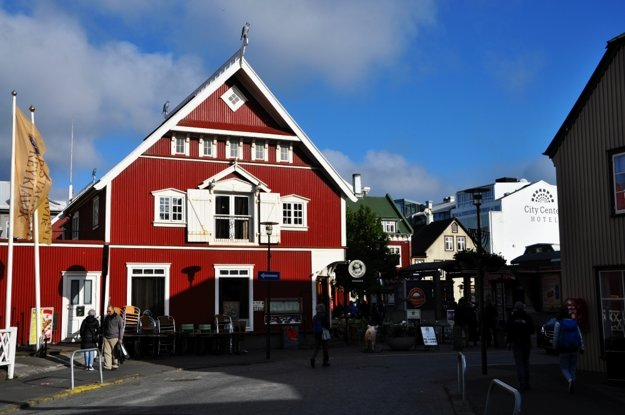 Farebné domčeky v centre Reykjavíku