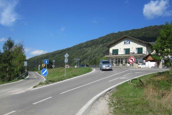 Križovatka Stráža - Dolná Tižina.