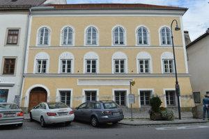 Rosný dom Adolfa Hitlera v rakúskom meste Ried im Innkreis.