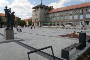 Námestie J. C. Hronského v Prievidzi po obnove.