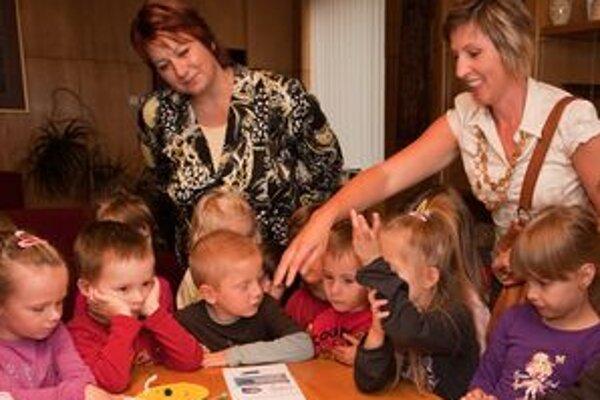Deti si na liptovskomikulášskej radnici mohli posedieť v primátorovej pracovni.