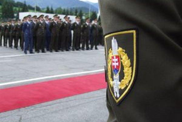 Slovenská armáda sa postupne zbavuje majetku, ktorý považuje za zbytočný.