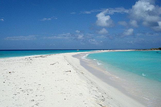 Pláž Cayo de Agua, Národný park Los Roques, Venezuela