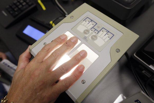 Spoločnosť RKN Global Europe chcela v Banskej Bystrici vyrábať okrem čistopisov osobných dokladov a cenín, aj technológie na ich kontrolu.