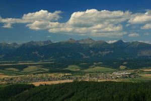 Takmer celé územie Tatranského národného parku na Liptove je v súkromnom vlastníctve domácich urbárov.