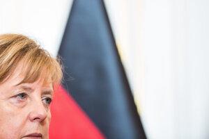 Nemecká kancelárka Angela Merkelová počas summitu krajín Vyšehradskej štvorky na Bratislavskom hrade.