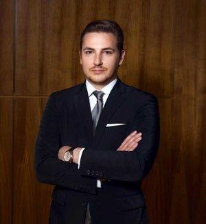 Lukáš Michálik ako študent práva intenzívne kombinoval štúdium s prácou.