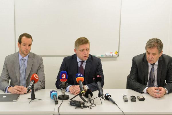 Robert Fico, Viktor Stromček a Jozef Dvonč.