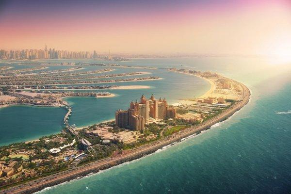 Emiráty a Omán. Klenoty Arabského polostrova