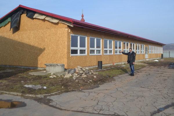 Do lavíc v tejto škole zasadnú prví žiaci v septembri.