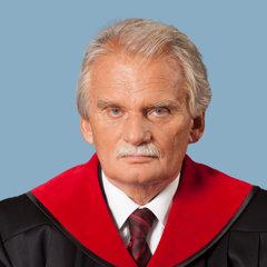 Mojmír Mamojka je sudca Ústavného súdu Slovenskej republiky.