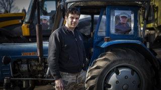 Farmári sa trápia, pôdu podľa nich ovláda zopár oligarchov (video)