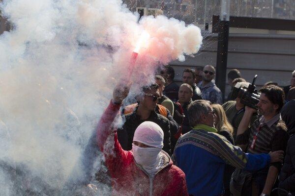 Protest v Tirane.