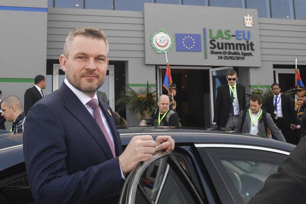 Predseda vlády SR Peter Pellegrini odchádza po skončení summitu krajín Európskej únie a Ligy arabských štátov (LAŠ), ktorý sa uskutočnil v dňoch 24. – 25. februára v egyptskom letovisku Šarm aš-Šajch.