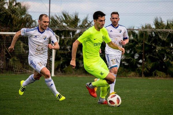 Popradčania odohrali v Turecku dva zápasy. V úvodnom podľahli ukrajinskému celkuKolos Kovaľovka.