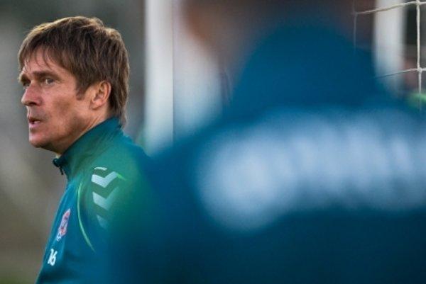 Štefan Grendel už nie je trénerom prvého tímu Borčíc.
