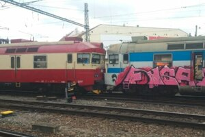 Nehoda vlakov v Brne.