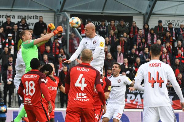 Momentka zo zápasu Sereď - Trnava.