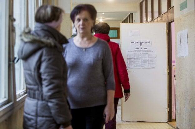 Voľby v Trnave.