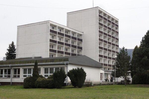 Vo zvolenskom domove dôchodcov sú dva volebné okrsky.