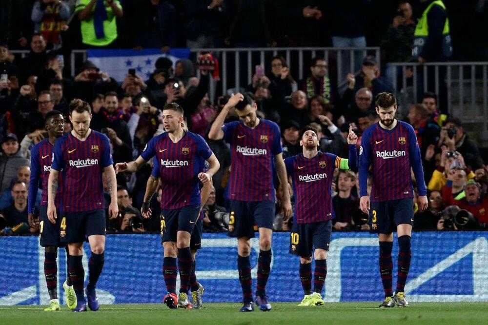 276972fb28126 FC Barcelona - Olympique Lyon (Liga majstrov 2018/2019, osemfinále). 13/17.  Zväčšiť Všetky fotky. Hráči Barcelony.