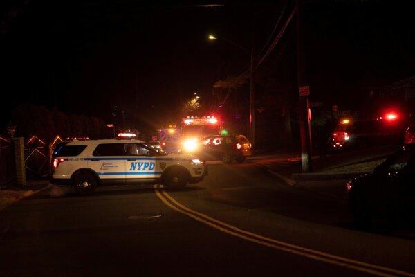 Caliho zabili pred jeho domom na Staten Islande.