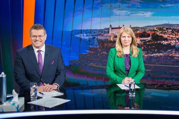 Kandidátka na prezidentku Zuzana Čaputová a kandidát na prezidenta Maroš Šefčovič počas diskusie v televízii Markíza.