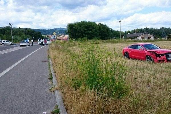 Pri nehode vodička Toyoty narazila do auta podpredsedu kraja.